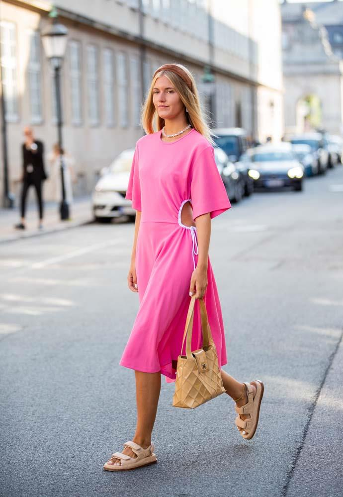 A bright midi dress and an on-trend headband.
