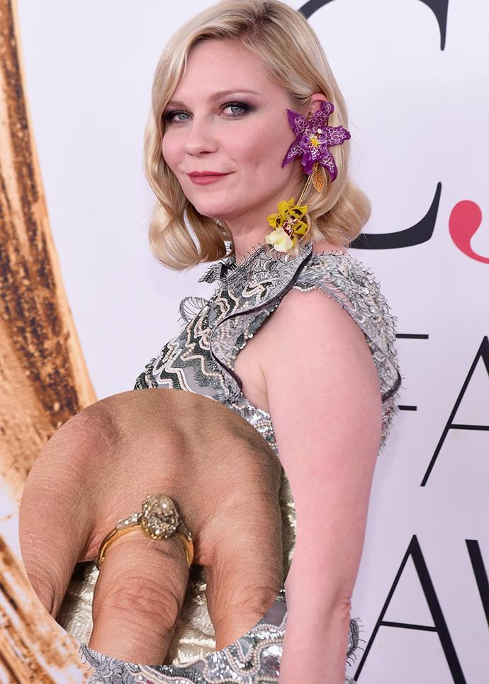 ***Kirsten Dunst***<br><br> Jesse Plemons gave Kirsten Dunst this oval-cut diamond on a gold band.