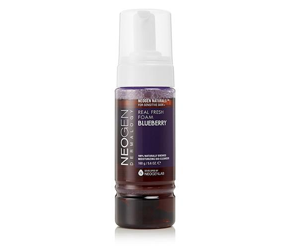 """**Blueberries** <br><br> Packed with a powerful cocktail of vitamins, nutrients and antioxidants, blueberries have became known for their restorative properties, which encourage smooth skin revitalisation. The trusted remedy of Neogen's 'Real Fresh' cleansing foam is made with blueberry water—look closer and you'll see those are real blueberries at the base of the bottle—and moringa seed extract, as well as fermented ingredients, to remedially aid your skin. Its alcohol-free composition means it's suitable for anyone suffering from dryness. <br><br> *Blueberry Real Fresh Foam by Neogen, $29 from [Myer](https://www.myer.com.au/p/neogen-foam-blueberry-160g