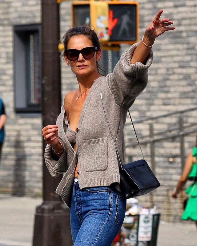 "**Katie Holmes in Khaite (2019)** <br><br> After the news surfaced of her split from actor Jamie Foxx in August 2019, Katie Holmes' first post-breakup look proved instantly iconic. In late August 2019, the actress stepped out in New York wearing a [cardigan](https://www.harpersbazaar.com.au/fashion/katie-holmes-cardigan-19197|target=""_blank"") and matching cashmere bra by New York label Khaite, telling the world that despite going through a breakup, her summer was going swimmingly. <br><br> *Image: Instagram [@khaite_ny](https://www.instagram.com/p/B1tZUqKAzyH/