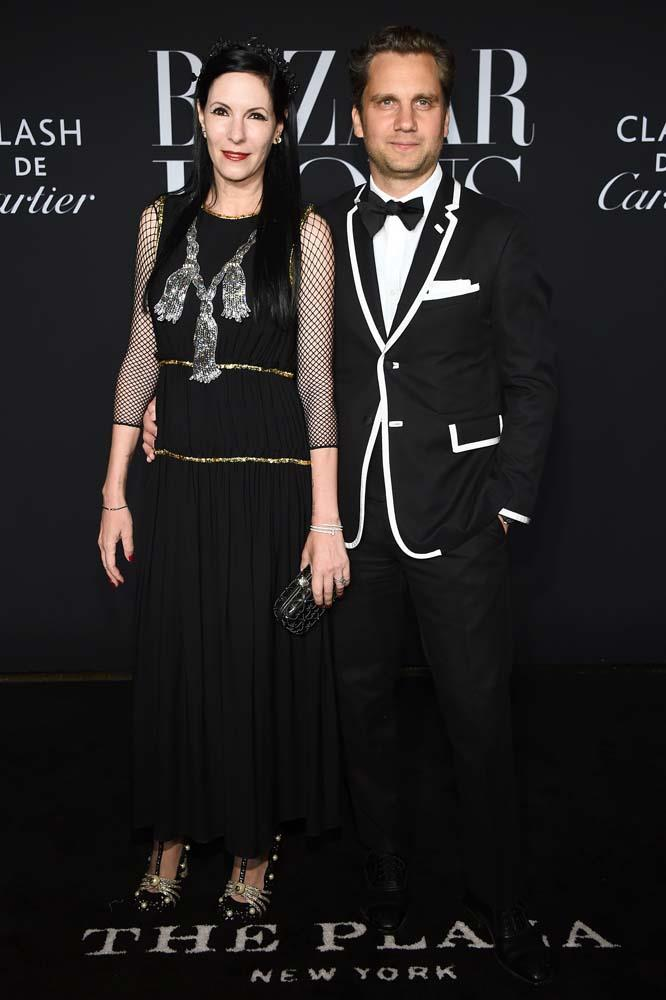 "Jill Kargman wearing [Cartier jewellery](https://www.cartier.com/|target=""_blank""