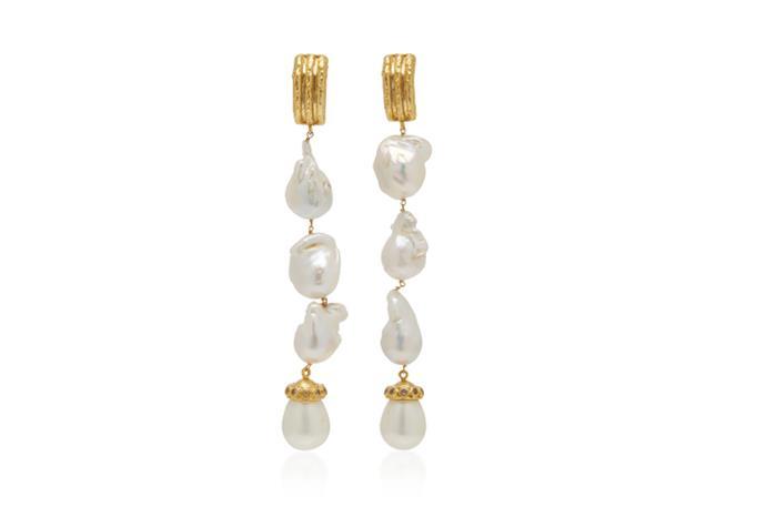 "Earrings by VALÉRE, $285 by [Moda Operandi](https://www.modaoperandi.com/valere-r20/dolce-vita-pearl-and-clear-quartz-earrings?size=OS|target=""_blank""|rel=""nofollow"")"