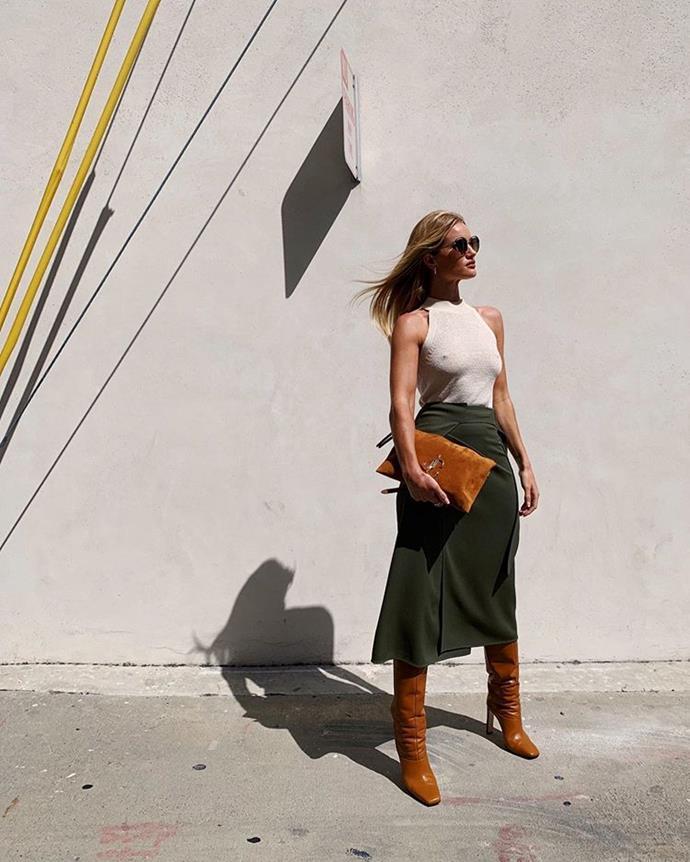"Rosie Huntington-Whiteley in a $39.95 AUD halter-neck top by Mango in September 2019. <br><br> *Image: Instagram [@rosiehw](https://www.instagram.com/p/B2UIZ2wnMGL/|target=""_blank""|rel=""nofollow"")*"