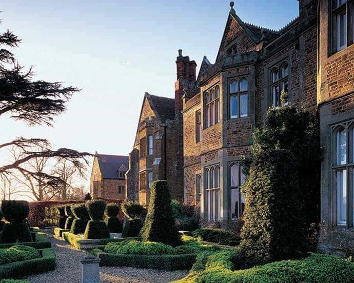 "***[Fawsley Hall Hotel & Spa](https://www.handpickedhotels.co.uk/fawsleyhall|target=""_blank""