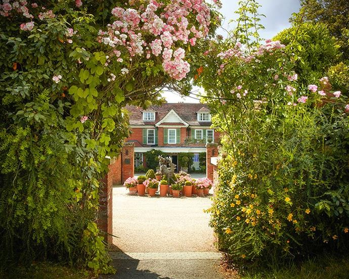"***[Chewton Glen](https://www.chewtonglen.com/|target=""_blank""