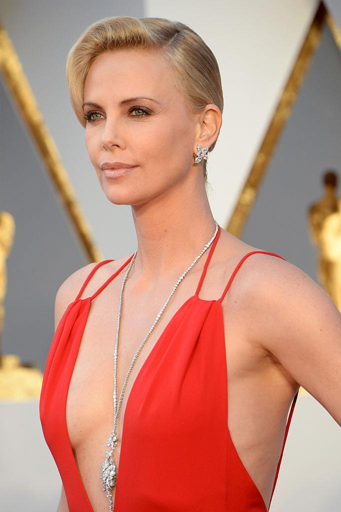 """**[Charlize Theron](https://www.harpersbazaar.com.au/celebrity/brad-pitt-charlize-theron-dating-17985