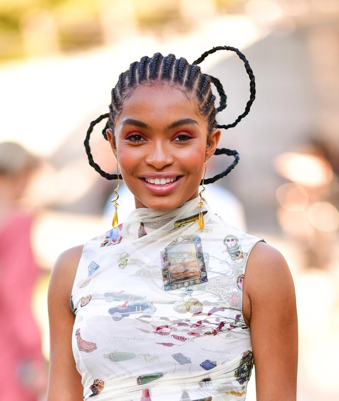 "**Yara Shahidi**<br><br>  A rising icon in every way, *Grown-ish* actress Yara Shahidi has an [incredible ethos](https://www.viva.co.nz/article/beauty-wellbeing/yara-shahidi-zendaya-are-the-new-faces-redefining-beauty/|target=""_blank""