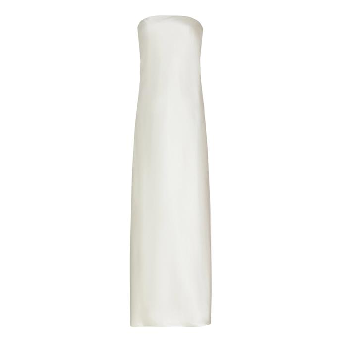 "***The simple dress***<br><br> Dress by Brandon Maxwell, $5,135 at [Moda Operandi](https://www.modaoperandi.com/brandon-maxwell-ss20/loose-strapless-gown|target=""_blank""|rel=""nofollow"")."