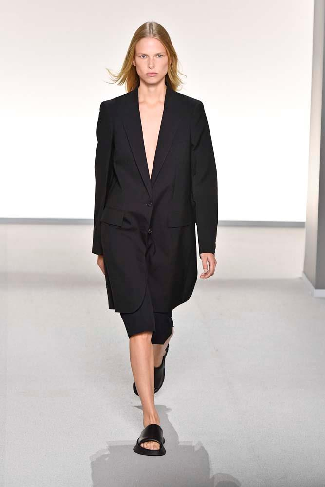 "***Givenchy***<br><br> ""I love the simplicity of this Givenchy look—so bloody chic."" Grace O'Neill, fashion features director."