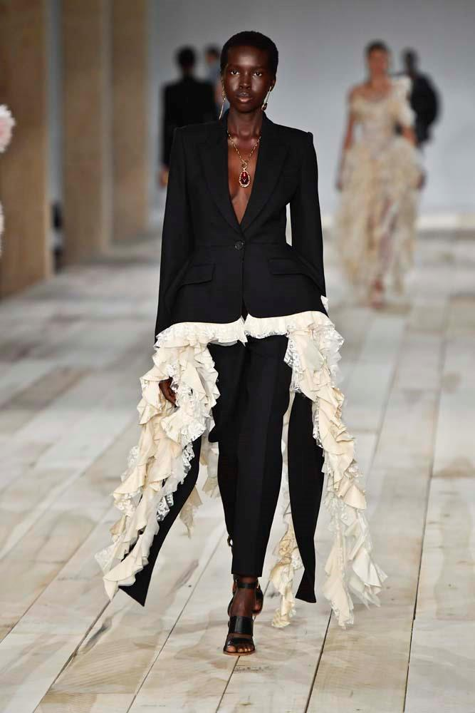 "***Alexander McQueen***<br><br> ""This is a strong look but there's something about the tailoring on this suit that's so incredibly feminine and flattering and I'm going to need someone to wear it to the Oscars."" Susannah Kohler, digital director."