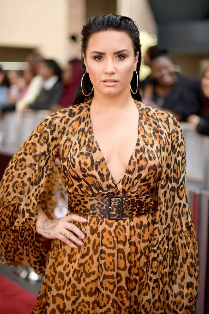 "**Demi Lovato** <br><br> In her 2017 documentary, *Demi Lovato: Simply Complicated*, singer and actress Demi Lovato revealed that she'd also had a profile on Raya in the past. Lovato said of the app: ""I am on [Raya] with both guys and girls. I am open to human connection. So whether that's through a male or a female, it doesn't matter to me."" <br><br> *Image: Getty*"