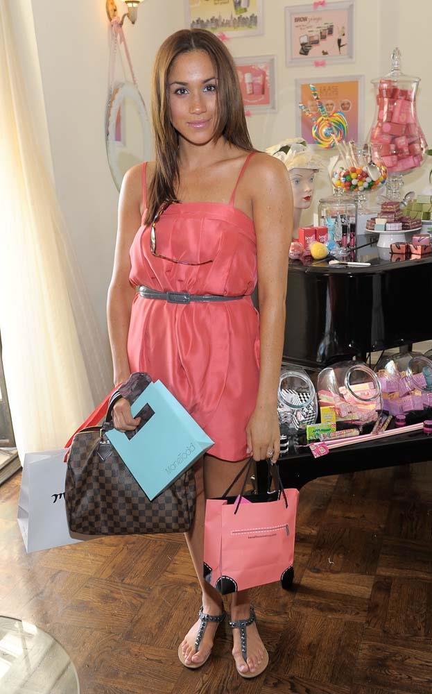 At a gifting lounge in 2010.