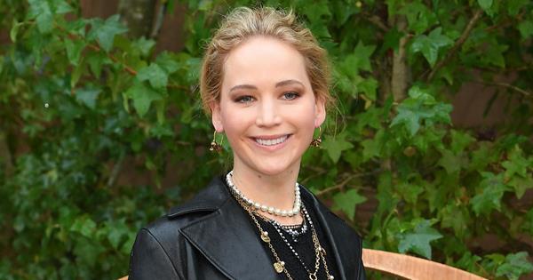 Jennifer Lawrence's Wedding Dress Photos Have Arrived   Harper's BAZAAR Australia