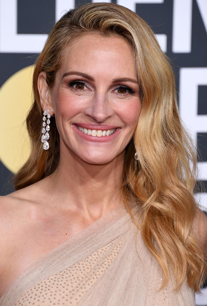**Julia Roberts**<br> Julia Roberts looks fresh from a divine vacation with her rich, shiny honey shade.