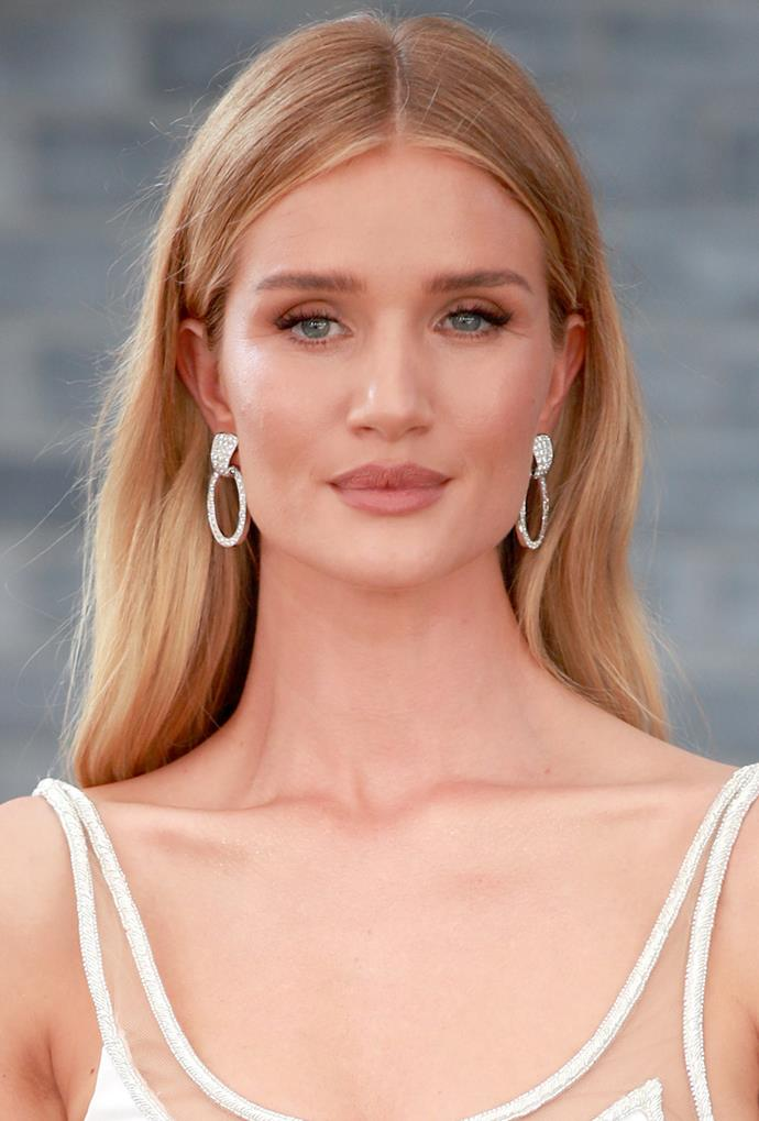 **Rosie Huntington-Whiteley**<br> Rosie Huntington-Whiteley's honey colour is (appropriately) rose-hued. Part copper, part champagne, it's the ideal honey hue for lighter complexions.