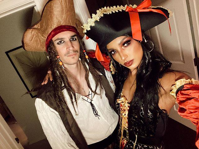 "Jasmine Tookes and her boyfriend, Juan David Jorrero, as characters from *Pirates of the Caribbean* <br><br> *Image: Instagram [@jastookes](https://www.instagram.com/p/B4IeUI1nEAV/|target=""_blank""