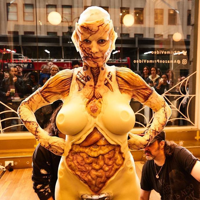 "Heidi Klum as a zombie-like creature.<br><br>  *Image via [@heidiklum](https://www.instagram.com/p/B4TDdn5JXF_/|target=""_blank""|rel=""nofollow"")*"