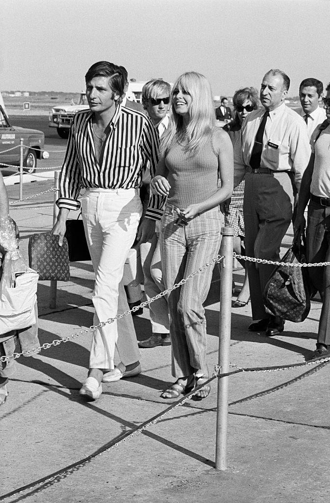 Brigitte Bardot and Gunther Sachs von Opel's jet-setting stripes in 1966.