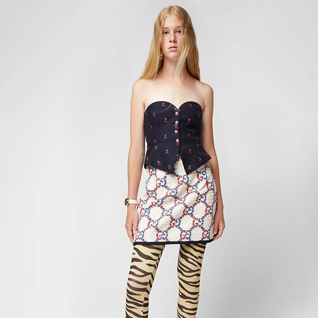 "***[SSENSE](https://www.ssense.com/en-au|target=""_blank""|rel=""nofollow"")*** <br><br> Promotion: 50% off select womenswear and menswear items. <br><br> *Image: Instagram [@ssense](https://www.ssense.com/en-au|target=""_blank""|rel=""nofollow"")*"