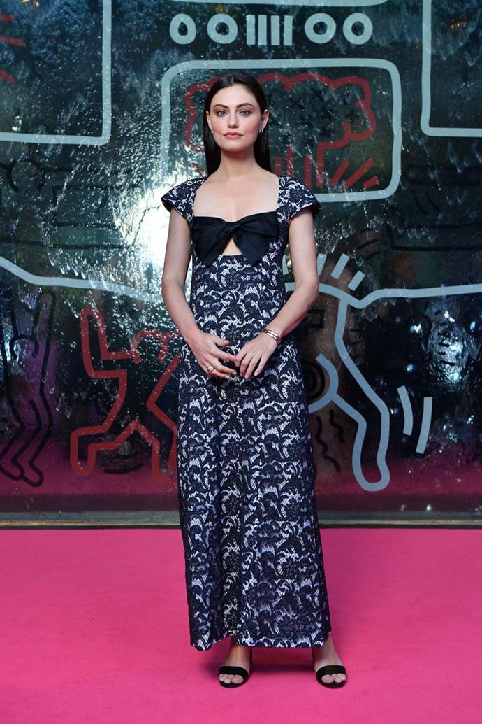 Phoebe Tonkin, in Chanel.