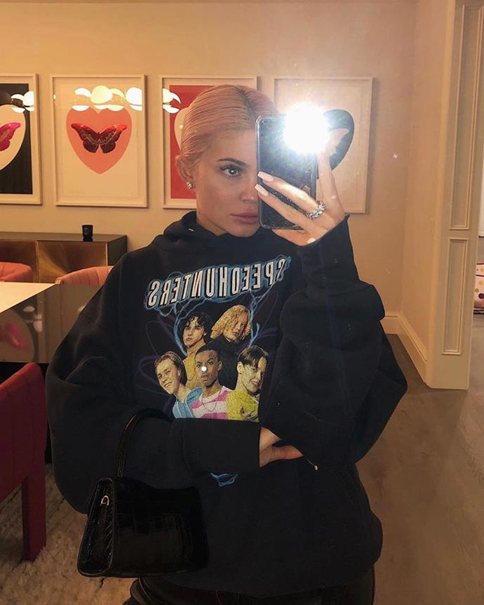 """***Kylie Jenner's house*** <br><br> Kylie Jenner's home is located near her sisters' and mothers' residences in Calabasas. Though she's only shown the inside of her home a handful of times, it often appears in the background of her Instagram photos. <br><br> *Image: Instagram [@kyliejenner](https://www.instagram.com/p/BrCOqtdnyPH/