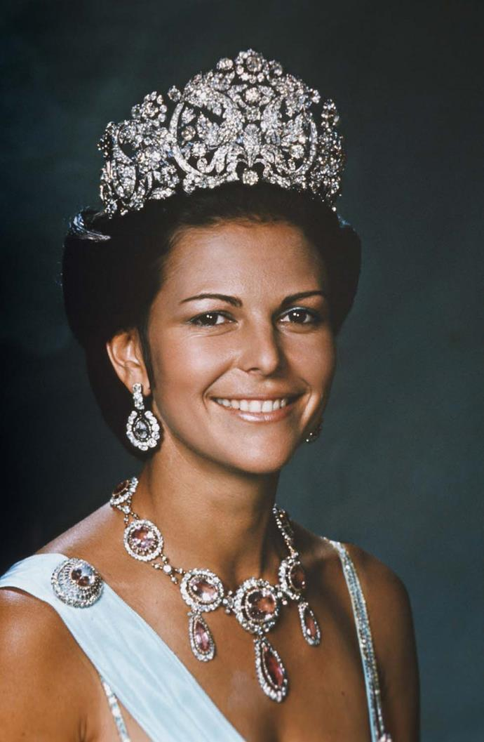**The tiara:** The Bragança Tiara.<br><br> **The wearer:** Queen Silvia of Sweden.<br><br> **The details:** Standing at 12.5 centimetres tall and (reportedly) weighing 3 kilograms, the tiara originated from Brazil and is still one of the largest tiaras worn today.<br><br>