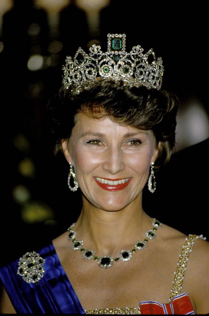 **The tiara:** Empress Joséphine's Emerald Tiara.<br><br> **The wearer:** Queen Sonja of Norway.<br><br> **The details:** Using swirls and scrolls in gold and platinum, this tiara was made around 1820.<br><br>