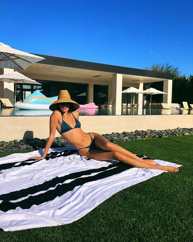 """***Kris Jenner's house*** <br><br> In addition to her Calabasas home, Jenner purchased a second home in Palm Springs, California for over $14 million. The home is located in close proximity to the [Coachella](https://www.harpersbazaar.com.au/fashion/coachella-2019-day-three-outfits-18465