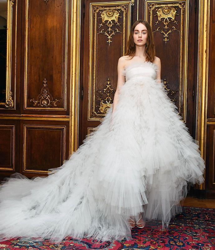 **Frothy Layers**<br><br>  *Oscar de la Renta Bridal Fall 2020*