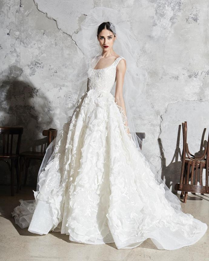 **Frothy layers**<br><br>  *Zuhair Murad Bridal Spring 2020*