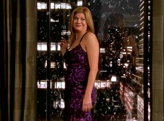 """**Kristen Johnston (season six, episode 18)** <br><br> Actress Kristen Johnston appears as the ill-fated Manhattan party girl Lexi Featherston in *SATC*'s third-last episode, where she trips and falls while smoking from the window of a downtown skyscraper after proclaiming: """"*I'm so bored I could die.*"""" Later in the episode, the four main characters attend her funeral."""