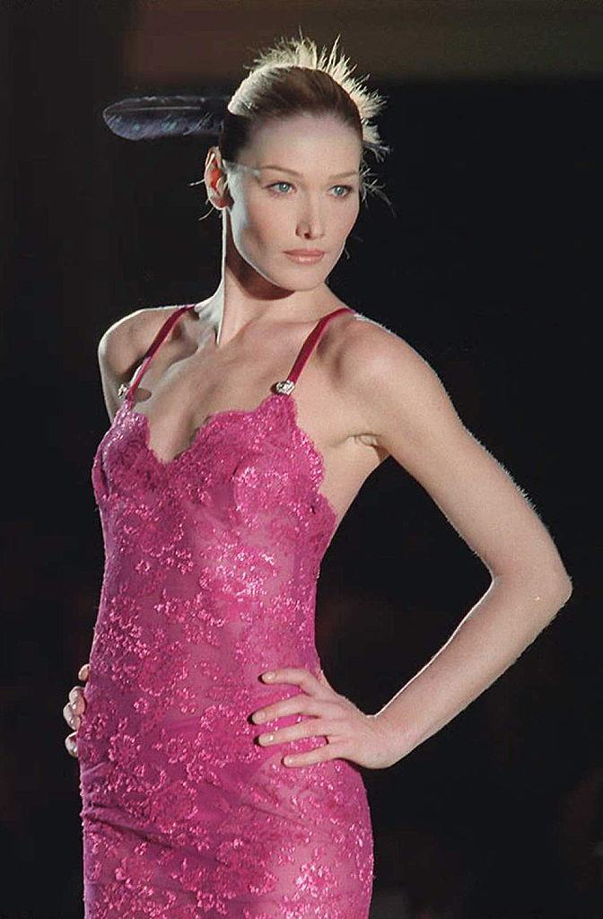 Bruni at Versace's haute couture spring/summer '96 show in January 1996.
