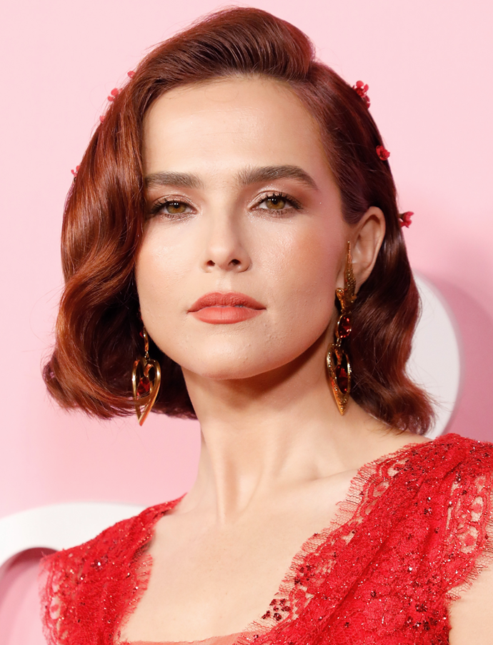 Zoey Deutch teaches a masterclass in matching your hair hue to your look. <br><br/> *Getty Images*
