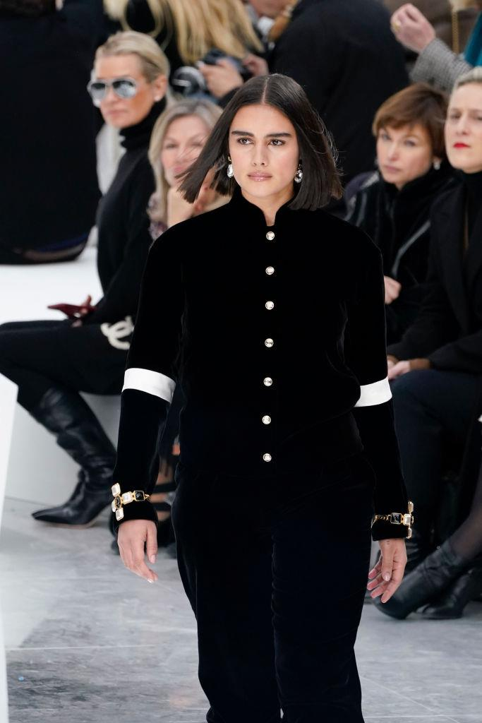 """**Jill Kortleve** <br><br> Dutch model Jill Kortleve had a whirlwind autumn/winter '20 season, and walked for Alexander McQueen, Fendi, MUGLER, Michael Kors and Chanel (the latter for which she was the [first 'plus-size' model](https://www.harpersbazaar.com.au/fashion/jill-kortleve-chanel-20009