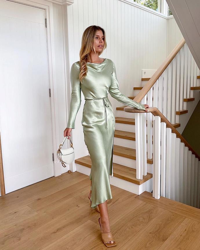 "**5. Natasha Oakley (travel/fashion blogger and swimwear designer):** 2.1m followers <br><br> *Image: [@tashoakley](https://www.instagram.com/p/B9WM1ompUy8/|target=""_blank""|rel=""nofollow"")*"