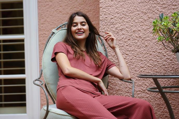 "**Calé**<br><br>  For those who like their loungewear with a ['French Girl' flair](https://www.harpersbazaar.com.au/fashion/french-instagram-influencers-19065|target=""_blank""), consider Calé the answer to your sartorial cravings. Counting Gwyneth Paltrow and Taylor Swift amongst its A-list fan base, the label's name comes from the French slang word for 'comfort', and that's exactly what it delivers. The relaxed, wear-all-day silhouettes and buttery soft fabrics ensure maximum ease, while the unexpected cuts and textural details (seen notably on the brand's signature ribbed tees) give it an elevated finish."