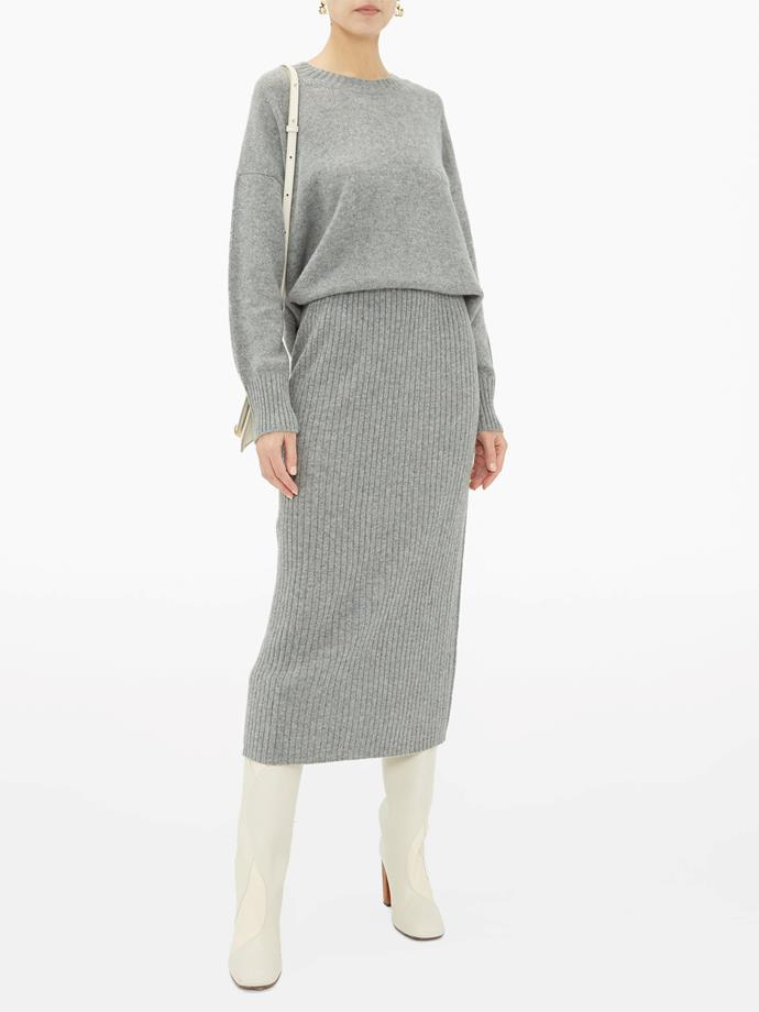 "[Ovesized cashmere sweater](https://fave.co/3eDZaEI|target=""_blank""