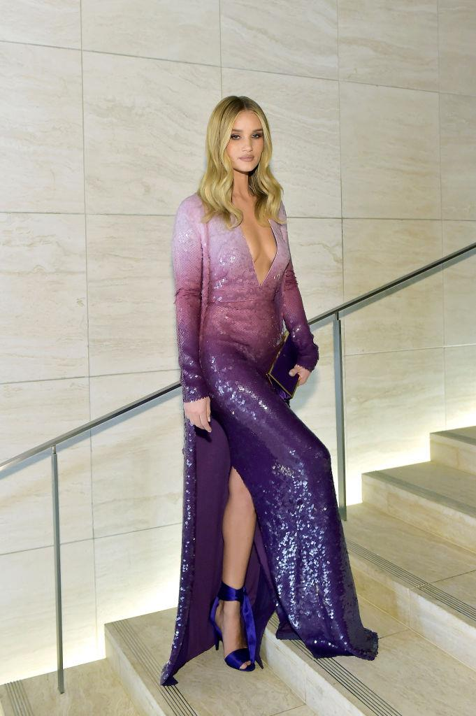 """**Rosie Huntington-Whiteley** <br><br> One look at Rosie Huntington-Whiteley's Instagram account will reveal her aesthetic eye, and the supermodel has revealed she'd definitely be a designer of some sort if it weren't for her modelling career. <br><br> In quotes published by *[Business Standard](https://www.business-standard.com/article/pti-stories/rosie-huntington-whiteley-wanted-to-be-fashion-designer-112083100221_1.html