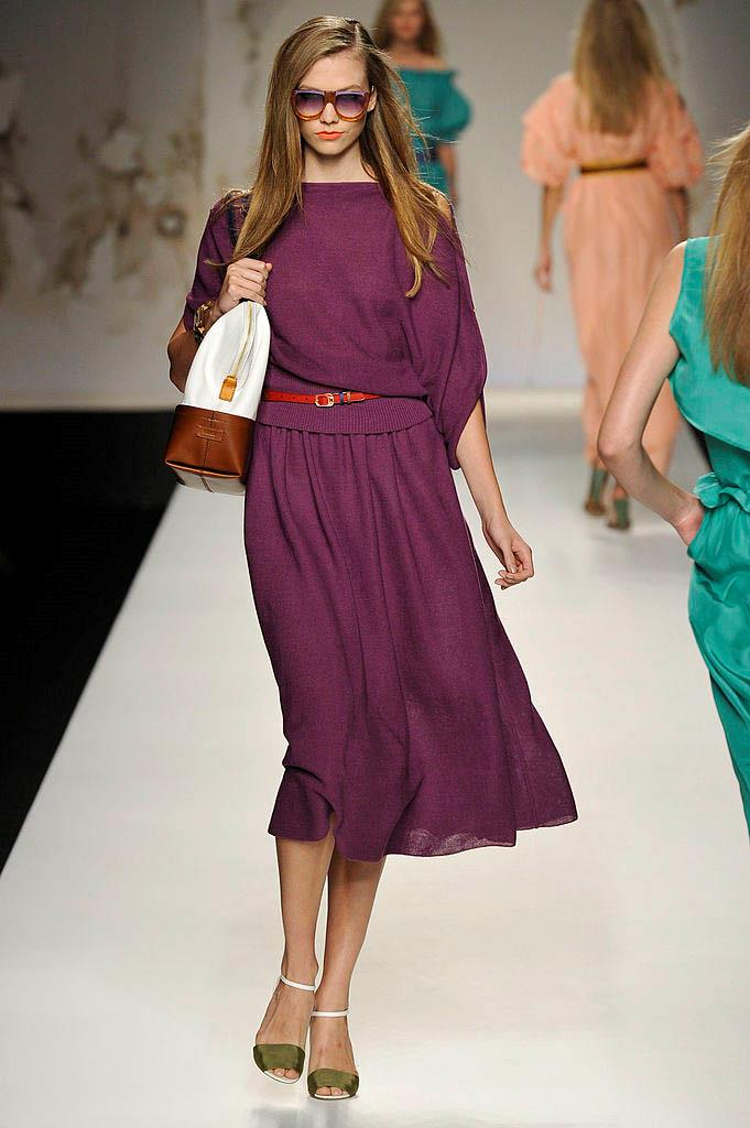 **Karlie Kloss at Fendi spring/summer '11** <br><br> Just before taking her final turn off the runway at Fendi's spring/summer '11 show, Karlie Kloss fell over when the heel of her shoe became stuck in a hole in the set floor. Thankfully, she wasn't hurt, and the stumble occurred just out of view of those seated in the front row. <br><br> *Watch the clip below.*