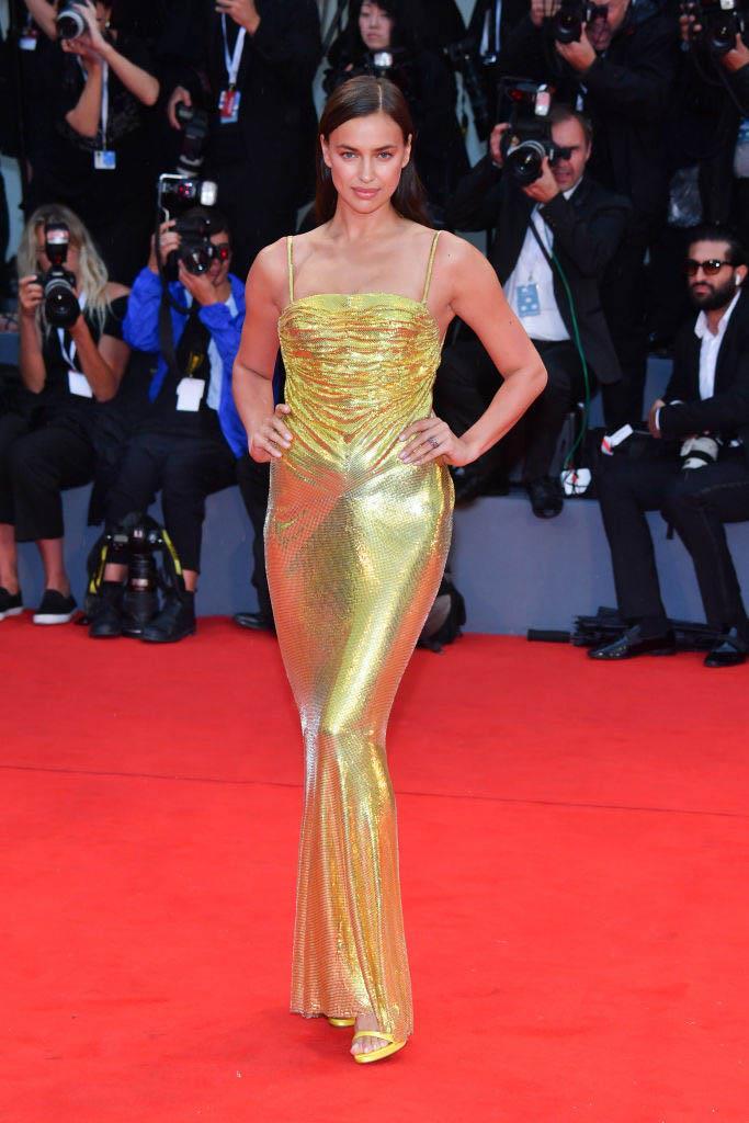 Irina Shayk in Atelier Versace (2018)