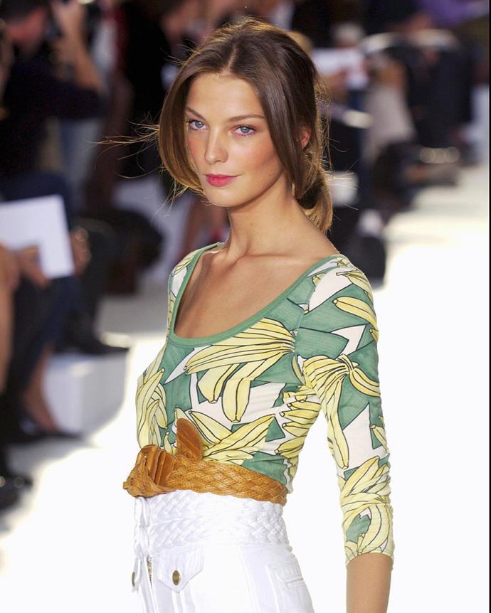***2004: Chloé's banana-print t-shirt***<br><br> Pictured: Model Daria Werbowy wearing Chloé's banana-print t-shirt on the spring/summer 2004 runway.