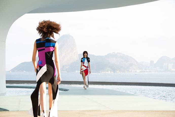 **Louis Vuitton Cruise 2017** <br><br> Proving his penchant for seeking out fascinating architecture around the world, Nicolas Ghesquière staged Louis Vuitton's Cruise '17 show at the Niterói Contemporary Art Museum in Rio de Janeiro—with Rio's Sugarloaf Mountain and Copacabana Beach creating a postcard-worthy backdrop.
