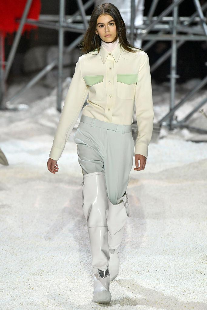 **Calvin Klein 205W39NYC autumn/winter '18** <br><br> Channelling an apocalyptic runway vibe, the set at Calvin Klein 205W39NYC autumn/winter '18 evoked a hypothetical American wasteland. That white fallout on the floor, though? It's actually freshly-popped popcorn—which left high-profile guests like Laura Dern, Nicole Kidman and Margot Robbie (let alone the models on the runway) doing their best to wade through it.