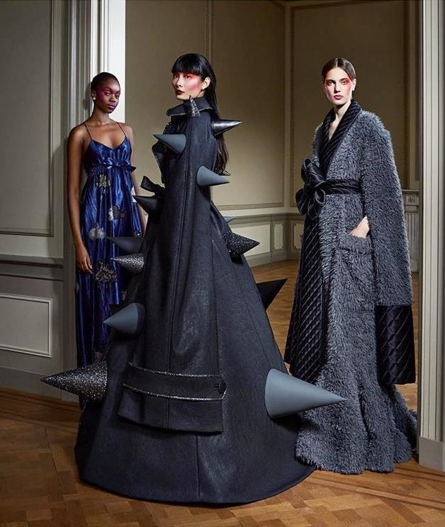 "**Viktor & Rolf's ""Change"" Collection Capturing The Spirit Of Our Uncertain Times**<br><br>  While Ralph & Russo embraced the escape, design duo Viktor Horsting and Rolf Snoeren leant into the unprecedented state of the world while creating their couture offering for autumn/winter '20. Titled ""Change"", the nine-look collection is broken down into three ""mindsets"", which feature three looks each, ultimately encapsulating the collective uncertainty and confusion of these times.<br><br>  ""We felt that this collection had to deal with the emotional roller coaster that we and everybody around us is experiencing,"" Horsting told [*SHOWstudio*](https://showstudio.com/news/interview-viktor-horsting-and-rolf-snoeren-couture-new-world