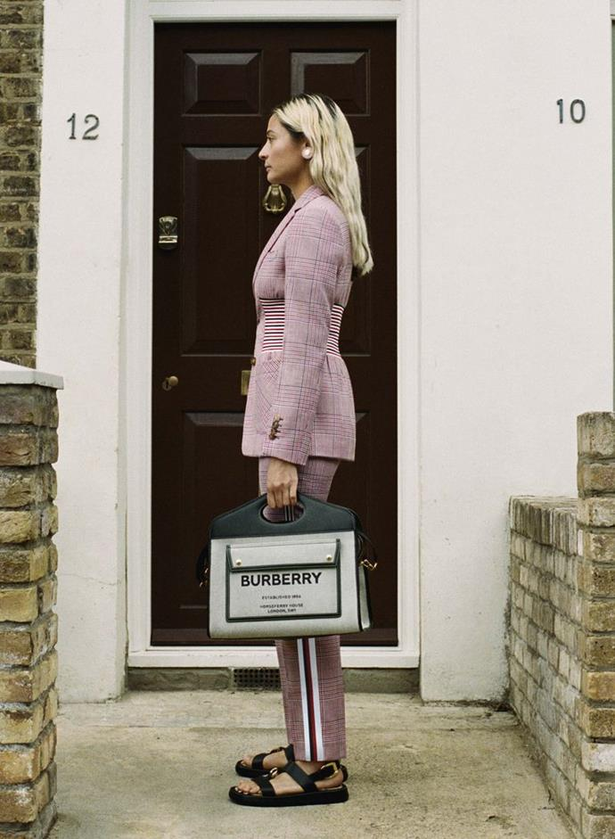 COURTESY OF BURBERRY. LOOK 6 – RACHEL, ART DIRECTION – CAMBERWELL