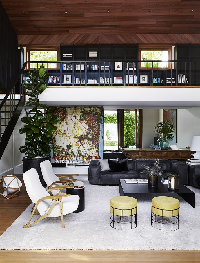 "Designed by architect Michael Robilliard in the early 1990s, the home on Sydney's North Shore certainly had the bones to last the distance. He introduced a series of pavilions, making the living areas light and airy. But the house also retained less desirable hallmarks of that era – ""sponged butterscotch"" interior walls, yellow granite benchtops and glossy timber – fashionable then, but now looking tired.   Edra Sofà **sofas** and Zanotta Gilda **armchairs** from [Space](http://www.spacefurniture.com.au/