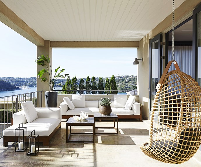 Balcony luxe outdoor living