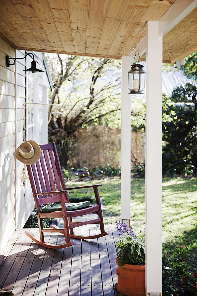 The front verandah was the first job. Since then Jodie and Simon have laid new turf and planted a hedge of red cedars along the roadside.
