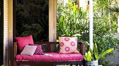 Outdoor colour schemes that pop