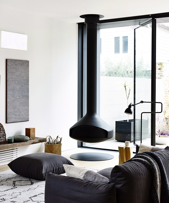 """A fireplace will come in handy in the cooler months, but it can also make for a design statement. [Jacinta Preston reveals her secrets to choosing the right fireplace or fire pit](http://www.homestolove.com.au/fashionable-fireplaces-for-winter-1605 target=""""_blank"""")."""